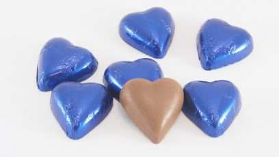 choc-gems-hearts-elec-blue
