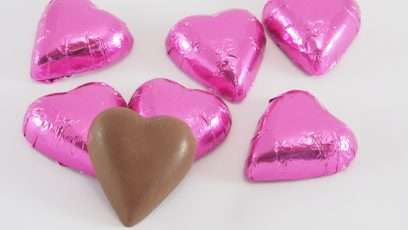 choc-gem-hearts-hot-pink