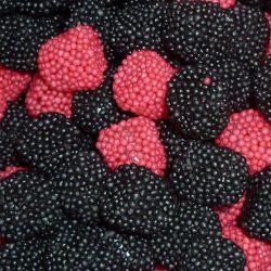 Kingsway Red & Black Berries Sprinkles 500g